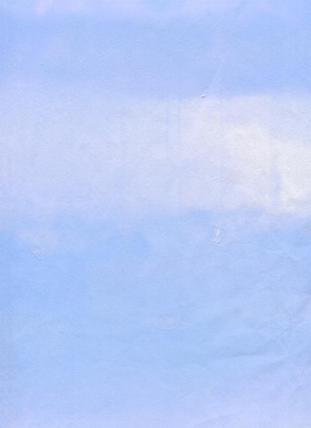 青色のくたびれた紙のテクスチャ素材