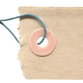 折れ曲がったタグの無料素材のサムネイル画像